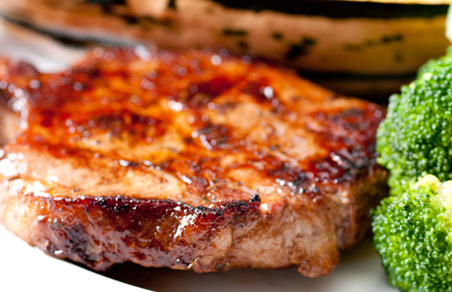 How to cook barbecue pork chops in the oven